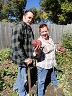 Randy_April harvest sweetpotatoes 10-10-11.jpg