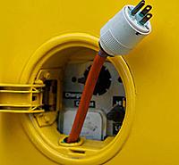electricvehicle-plug.jpg