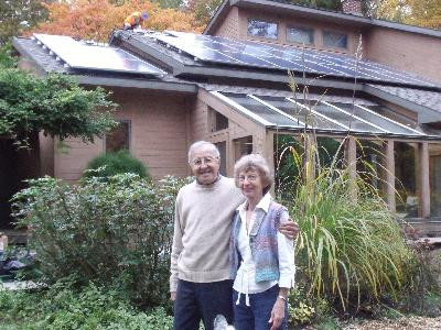 Shirley and Gene Kallio installed solar arrays on their home